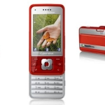 Take special pictures in style with the Sony Ericsson C903 Cyber-shot™