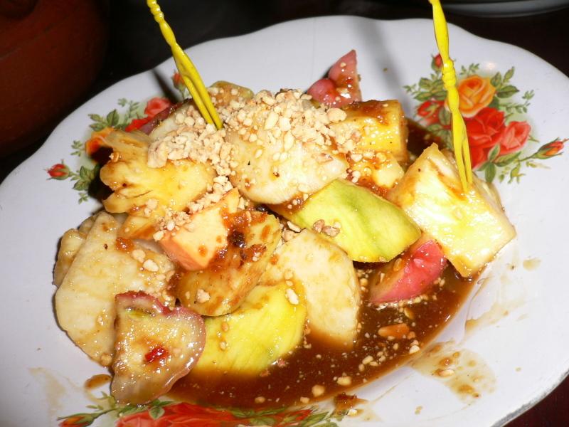 Indonesia fruit rujak